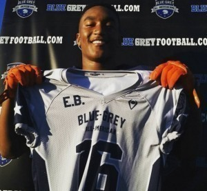 Morian Walker from Valley Christian (CA) was recently recognized during a stop on the nationwide Blue-Grey Jersey Presentation Tour.